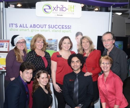 EXHIb-IT! Team at AHCC Biz Gratis Jingle Mingle