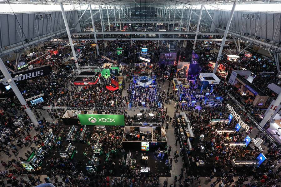 pax-convention-floor